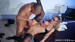 Nicole Aniston rides big bushwa of lucky guy Xander Corvus