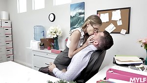 Skinny longing legged nerdy secretary rides and sucks valiant cock in the office