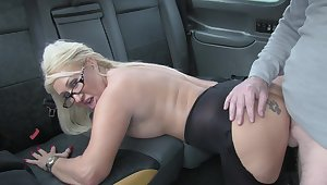 Hot cab sex for lucky driver and blonde slut Mia Makepeace
