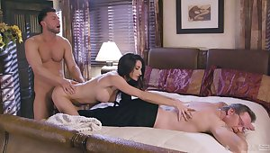 Silvia Saige is the sexy son in the middle be useful to a hot MFM threesome